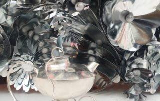 Julutställning 24 November - 22 December Till jul visar alla smeder på Nutida Svenskt Silver sina vackraste och mest omtyckta smycken och korpus. Kom in och njut av fägringen och passa på att lösa det ena julklappsbekymret efter det andra!