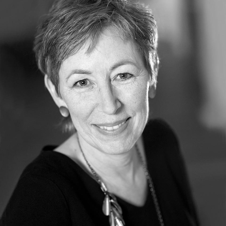 Ingrid Barndal SV V red - Nutida Svenskt Siver